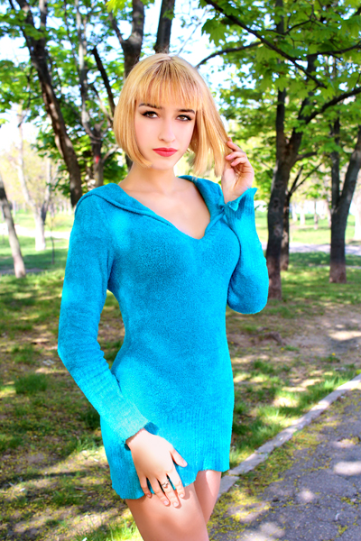 Mariya 18 years old Ukraine Nikolaev, Russian bride profile, www.step2love.com