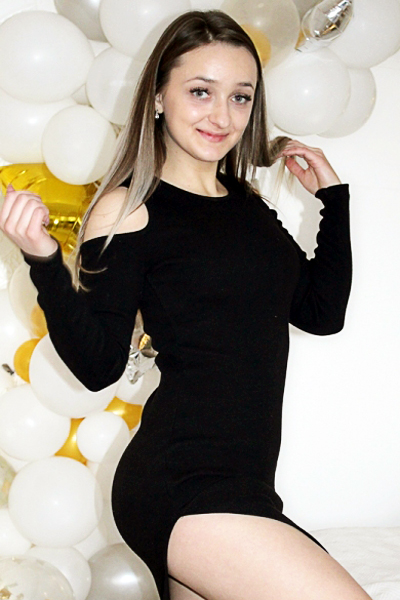 Tatyana 20 years old Ukraine Nikolaev, Russian bride profile, www.step2love.com